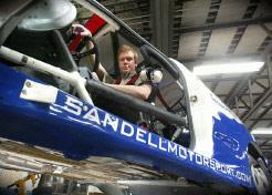 Sandell tar hjalp av rallystjarnan